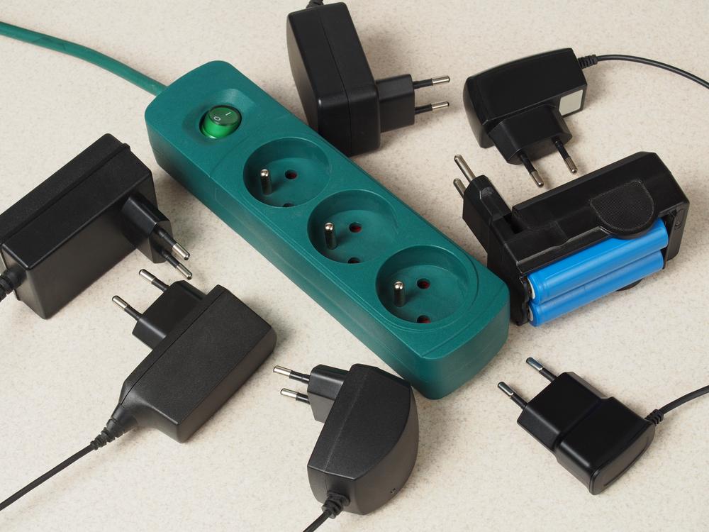 prodlužovací kabely a konektory